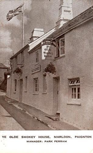 Ye Olde Smokey House Inn