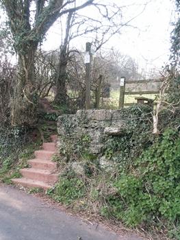 Footpath18