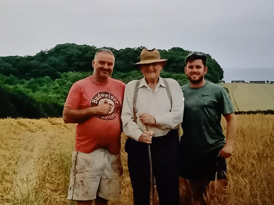 Frank with his son Andrew (l) and his grandson George (r)